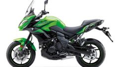 Kawasaki Versys 650 Candy Lime Green combinato al Metallic Spark Black.