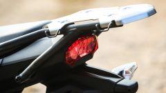 Kawasaki Versys-X 300: portapacchi e maniglie per il passeggero