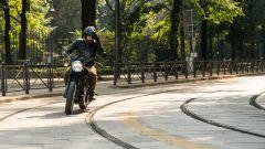 Kawasaki W 800 Street 2019: in azione per le vie di Milano