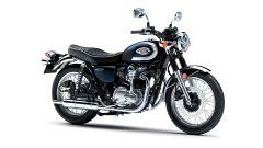 Kawasaki W800 2021: visuale di 3/4 laterale