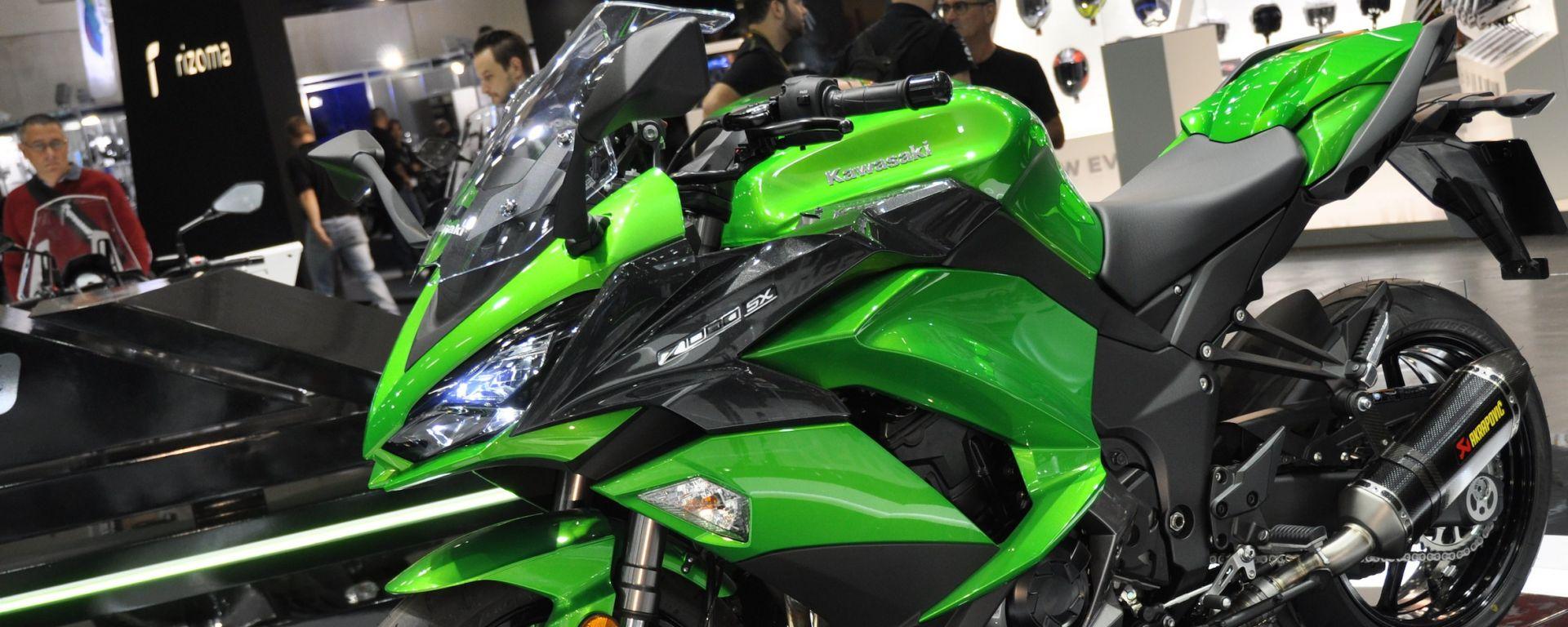 Kawasaki Z1000SX 2017, la sport tourer si aggiorna