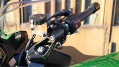 Kawasaki Z1000SX Tourer 2019: le staffe di supporto dei semimanubri