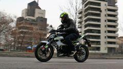 Kawasaki Z125 2019: la prova su strada con la piccola naked  - Immagine: 25