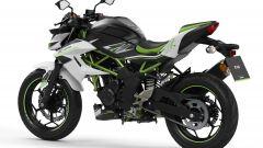 Kawasaki Z125 2021: visuale di 3/4 posteriore