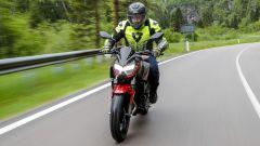 Kawasaki Z400: la nuda che piace ai giovani. Prova su strada - Immagine: 4
