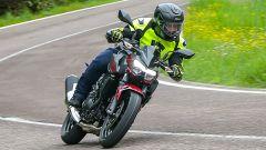 Kawasaki Z400: la nuda che piace ai giovani. Prova su strada - Immagine: 8