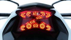 Kawasaki Z650: il gruppo ottico posteriore
