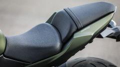 Kawasaki Z650: la sella