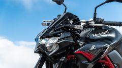 Kawasaki Z900 70 kW: dettaglio del faro anteriore