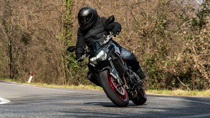 Kawasaki Z900 70 kW: esteticamente è identica alla