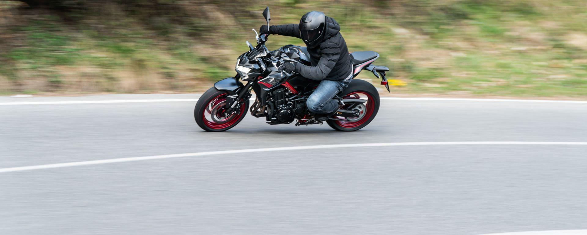 Kawasaki Z900 70 kW: la prova
