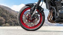 Kawasaki Z900 70 kW: le pinze non sono radiali