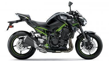 Kawasaki Z900 m.y. 2021 nella colorazione nera e verde