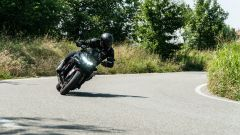 Kawasaki ZH2, ama la guida