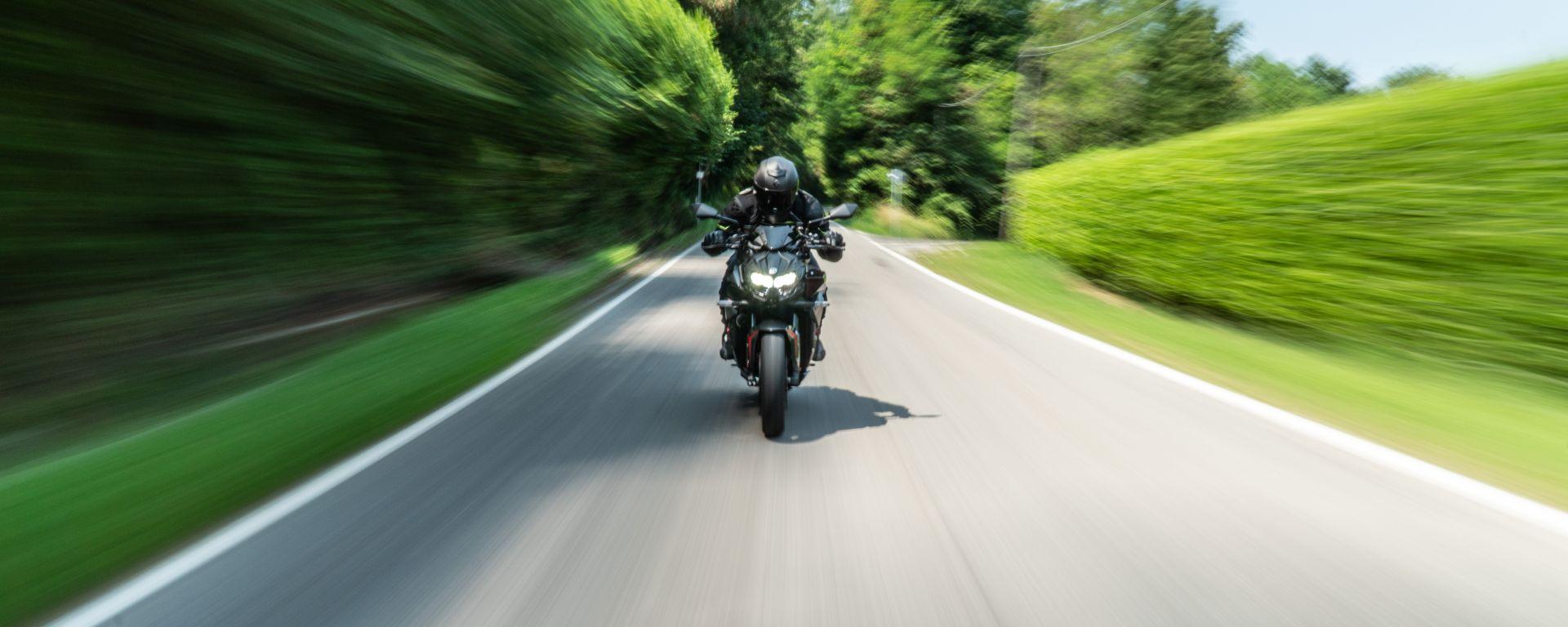 Kawasaki ZH2, la prova su strada