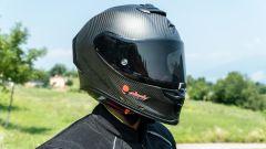 Kawasaki ZH2: l'abbigliamento della prova, il casco Scorpio Exo R1 Carbon Air
