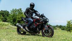 Kawasaki ZH2: l'abbigliamento della prova