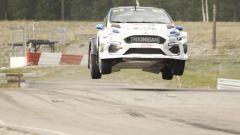 Ken Block prova la nuova Ford Fiesta ERX full-electric. Video