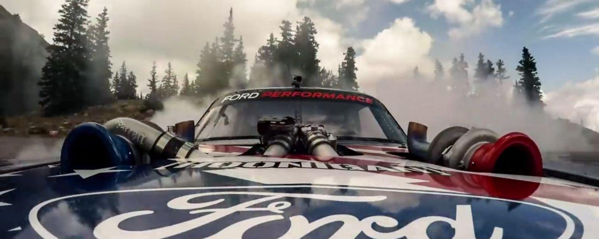 Ken Block sfida il Pikes Peak con una Mustang da 1.400 cv a metanolo
