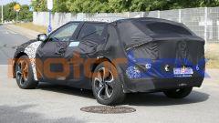 Kia EV 2021: visuale di 3/4 posteriore