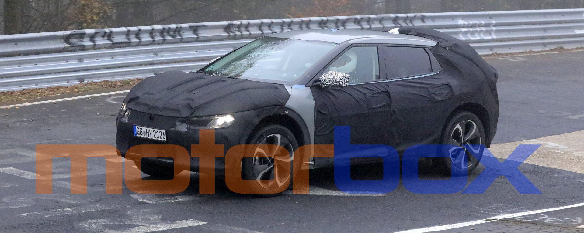 Kia EV crossover: le foto spia
