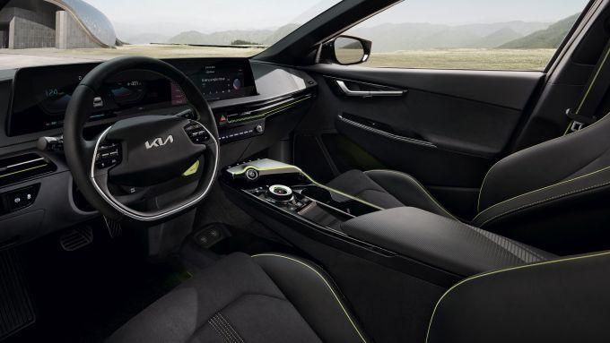 Kia EV6 GT: il posto guida