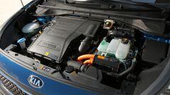 Kia Niro: il sistema ibrido è formato dal 1.6 GDI da 105 cv unito a un elettrico da 32 kW (44 cv)
