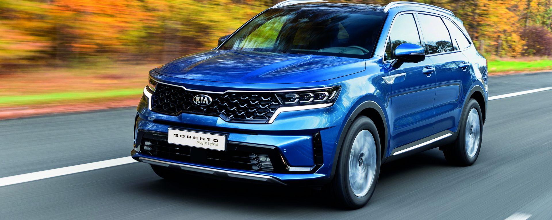 Kia Sorento Plug-in Hybrid, il big SUV si attacca alla presa di corrente