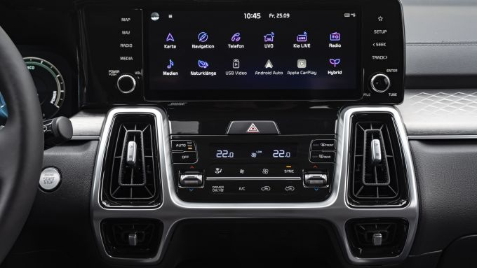 Kia Sorento1.6 T-GDi Hybrid Evolution: il display dell'infotainment è da 10,25