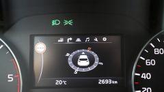 Kia Sportage: il comodo monitor lcd a colori al centro del quadro strumenti