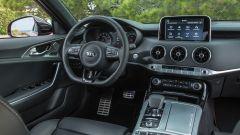 Kia Stinger: la prova e i prezzi delle versioni diesel e benzina - Immagine: 14