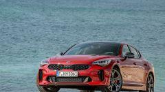 Kia Stinger: la prova e i prezzi delle versioni diesel e benzina - Immagine: 23