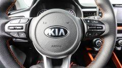 Kia Stonic: il volante