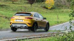 Kia XCeed, crossover che si guida (quasi) come una coupé