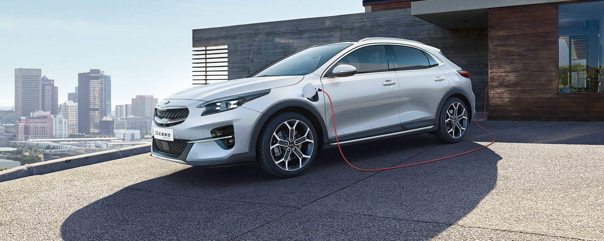 Kia Xceed Hybrid Plug-In: in ricarica