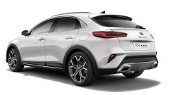 Kia Xceed Hybrid Plug-In: visuale di 3/4 posteriore