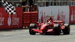 Kimi Raikkonen - la vittoria del primo Titolo Mondiale con la Ferrari F2007