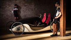 Sembra un'auto d'epoca, ma è una e-bike: si chiama Kinner. Eccola in video