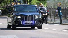 Vladimir Putin, cerimonia inaugurale a bordo della nuova limousine