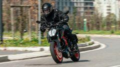 KTM 125 Duke 2021: la prova