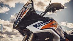 KTM 1290 Super Adventure R 2021, dettaglio del cupolino