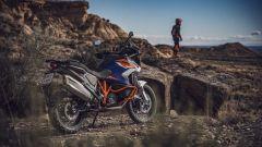 KTM 1290 Super Adventure R 2021 nel suo elemento naturale