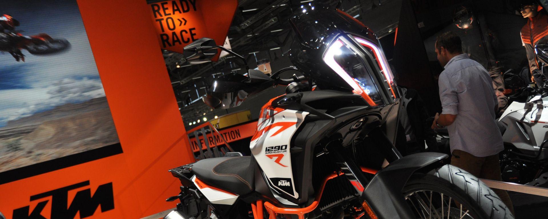 KTM 1290 Super Adventure R, S e T, le ammiraglie arancioni