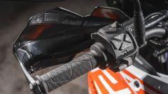 KTM 1290 Super Adventure-S, blocchetto sinistro