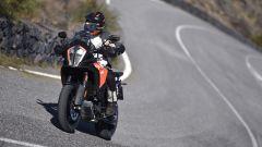 KTM 1290 Super Adventure-S, in piega