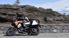 KTM 1290 Super Adventure-S, panning laterale