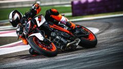 KTM 1290 Super Duke R: sono nuove anche le sospensioni