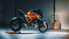 KTM 1290 Super Duke RR 2021: cambia il codino