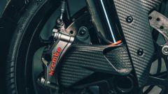 KTM 1290 Super Duke RR 2021: carbonio ovunque