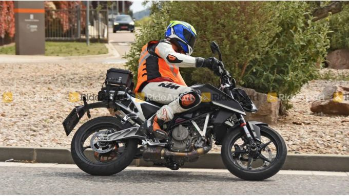 KTM 390 Duke: è lei la versione 2022?